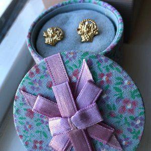 Vintage 1980s Avon FLOWER BASKET Pierced Earrings